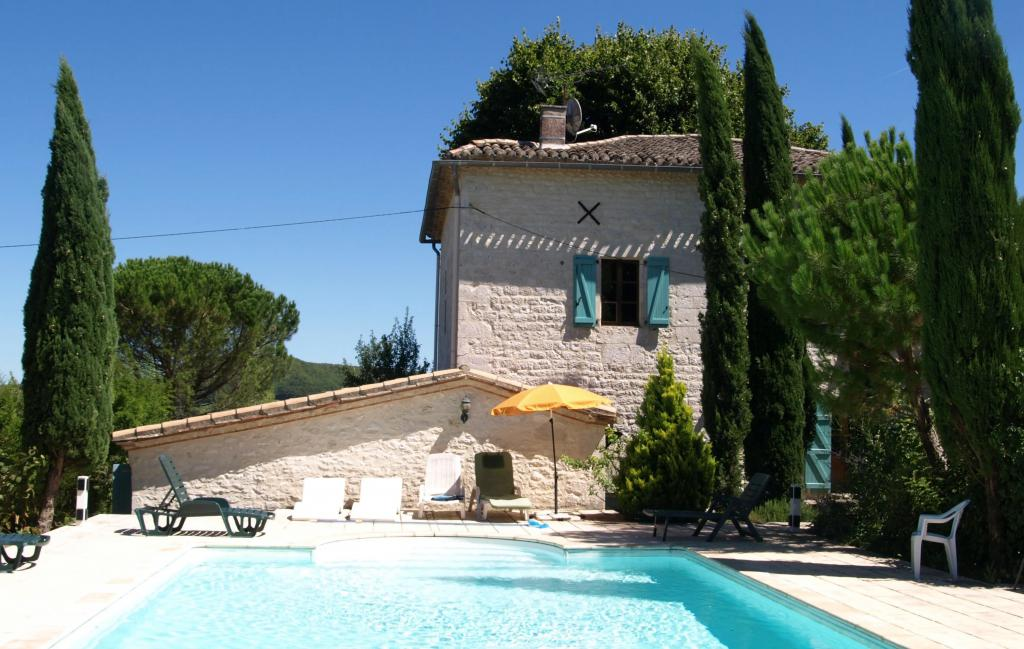 5 Bedrooms Farmhouse rental in France, Europe