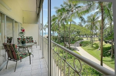 Waikiki Shore 1 bedroom with large lanai at Waikiki Beach with free parking