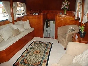 3 Bedrooms Yacht Flame Yacht