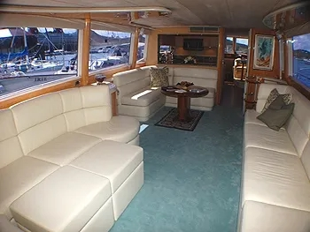 4 Bedrooms Yacht King Kalm