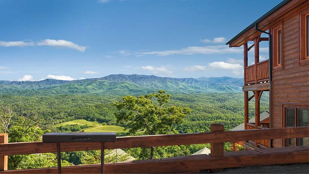 2 Bedrooms Cabin rental in Pigeon Forge, Tennessee