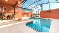 4 Bedroom Townhome with Pool, Paradise Palms resort, more available options as well...