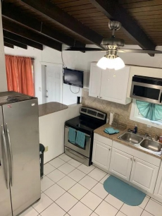 Newly Renovated Home 3BR/2BA All Bells and Whistles