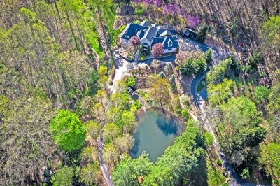 Asheville Vacation Rentals - Dive into a Pool of Outdoor and Indoor Activities during a Vacation in Asheville