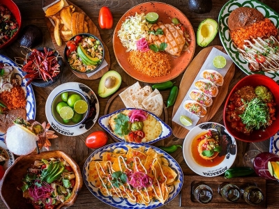 Top 5 Mexican dishes like Esquites, Tamale, Tacos, Mole, and Enchilada - Find Home Away